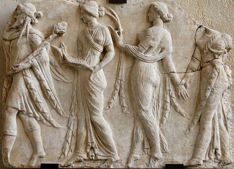 800px-Dionysos Horai Louvre MR720